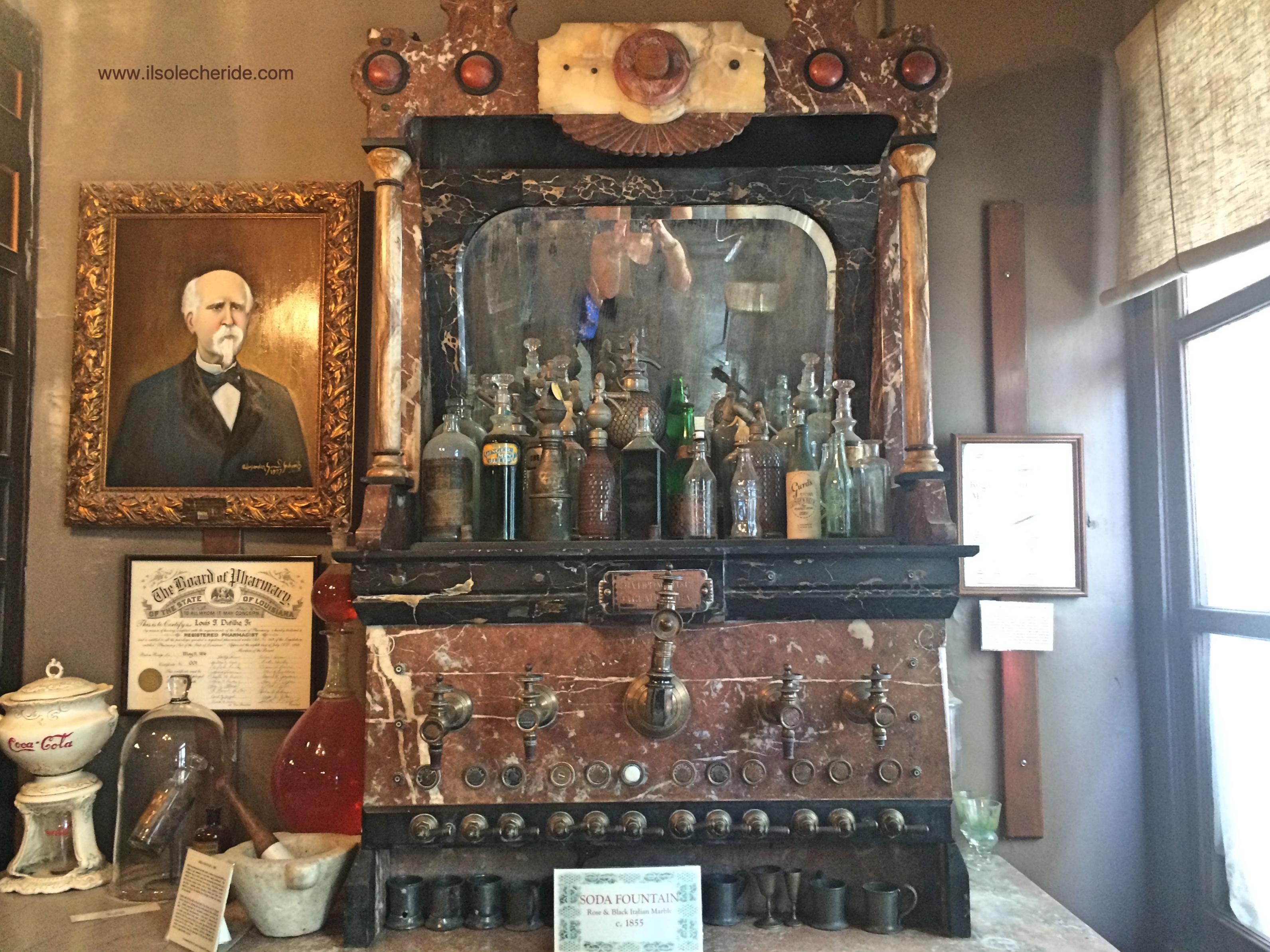 La prima farmacia americana